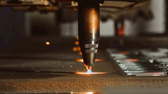 What Gases Are Used for Oxyfuel Cutting?